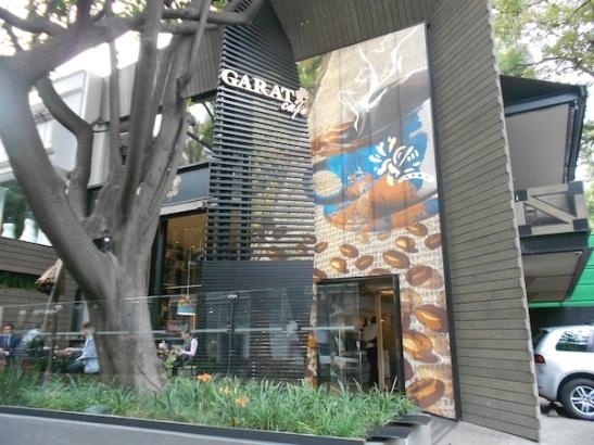 Garat Café flagship store in Polanco. (Photo: Darren Popik)