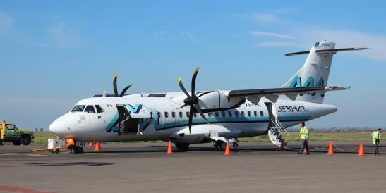 Aeromar ATR 42, on the tarmac at AGU. (Photo: Darren Popik)