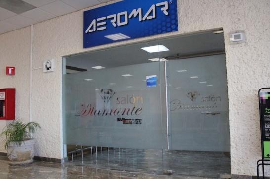 Entrance to the Salon Diamante. (Photo: Darren Popik)