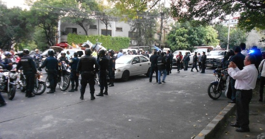 Avenida Michoacan, in the midst of the police crackdown.